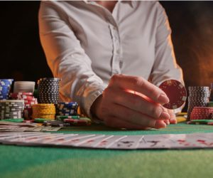 15 Potentially Terrifying Gambling Addiction Symptoms